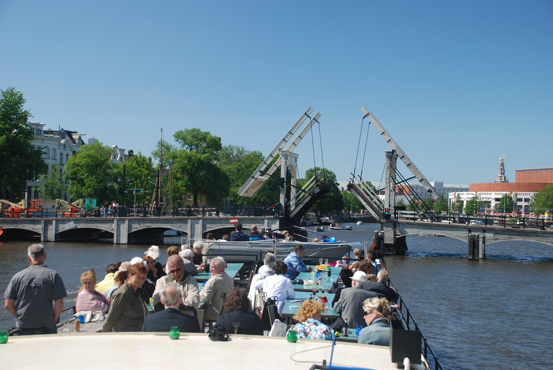 Groepen: Een groepsuitje op een boot naar Pampus of Muiderslot