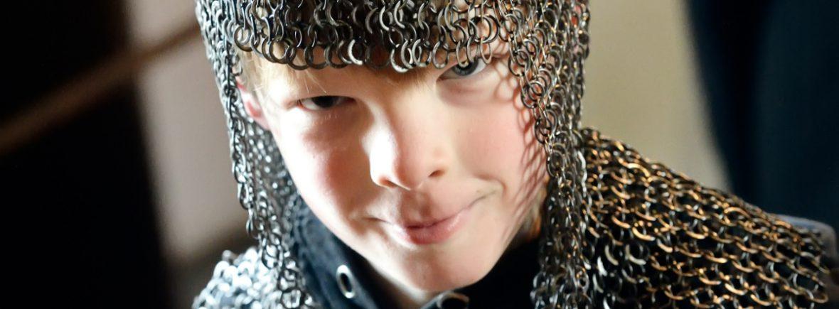 kinderfeestje vieren op een boot vanaf amsterdam ijburg of almere, we varen naar muiderslot of pampus, leuk voor ridders, jonkvrouwen, piraten en soldaten