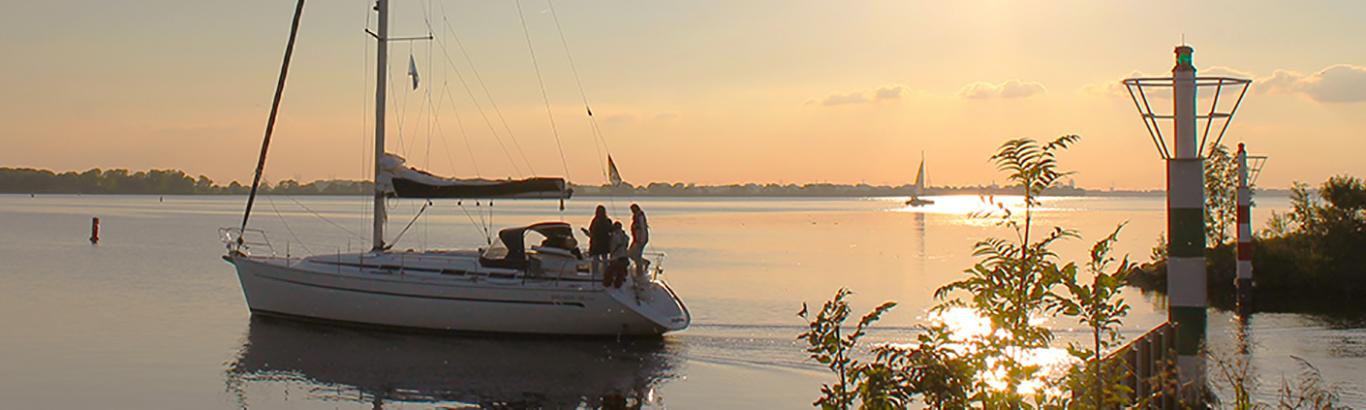 marina muiderzand almere veerdienst boot naar pampus en muiderslot