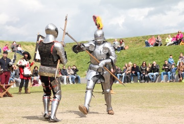 Boot naar Muiderslot evenementen ridders
